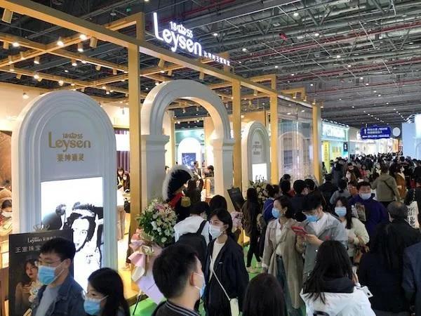 婚礼堂热度明显降低……上海婚博会创全国新高  第5张