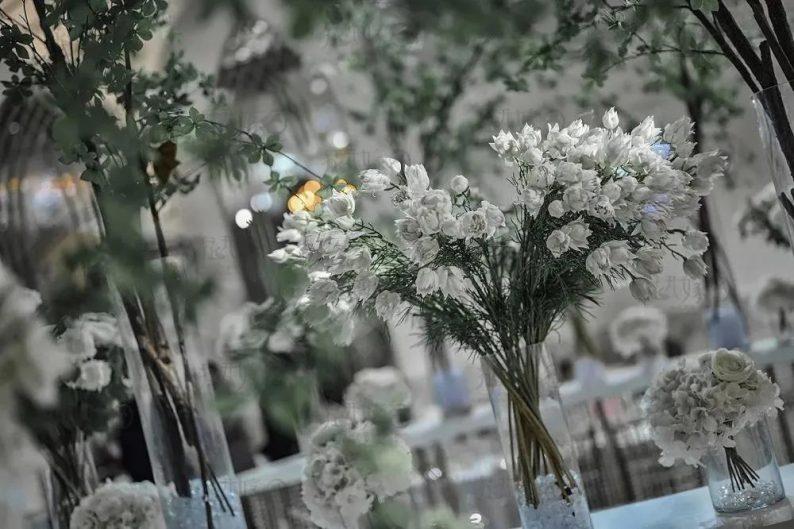 婚礼堂发布:层高8米穹顶设计,宿州一站式宴会酒店  第4张