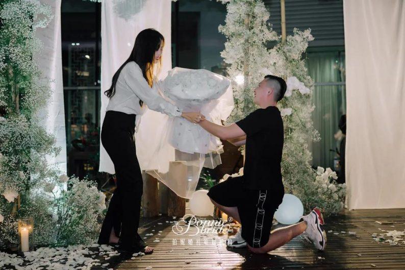 几十万的婚礼,竟然一朵花都没有?  第23张