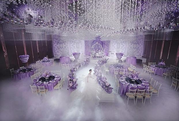 婚礼堂发布:600000颗水晶!花嫁丽舍《水晶卢浮宫》