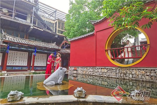 年产值10亿元!束河古镇成热门旅拍目的地  第3张