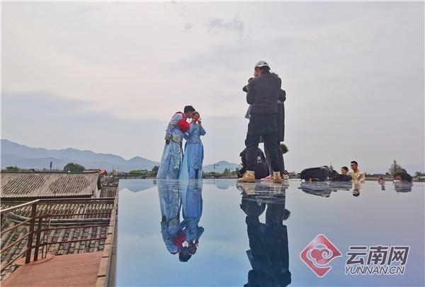 年产值10亿元!束河古镇成热门旅拍目的地  第4张