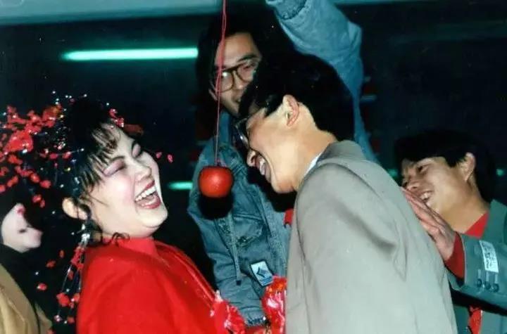 中国式低俗婚闹,到底在取悦谁?  第6张