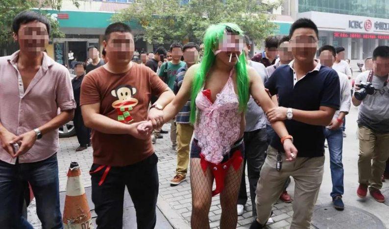 中国式低俗婚闹,到底在取悦谁?  第8张