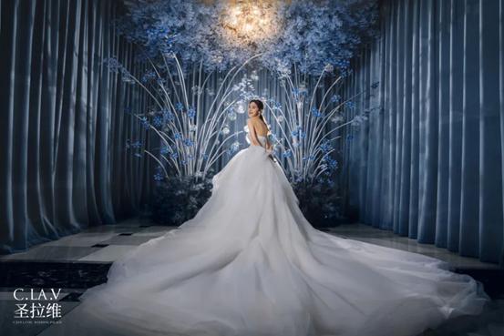 小型婚礼市场迸发,一站式婚礼会馆积极转变  第1张