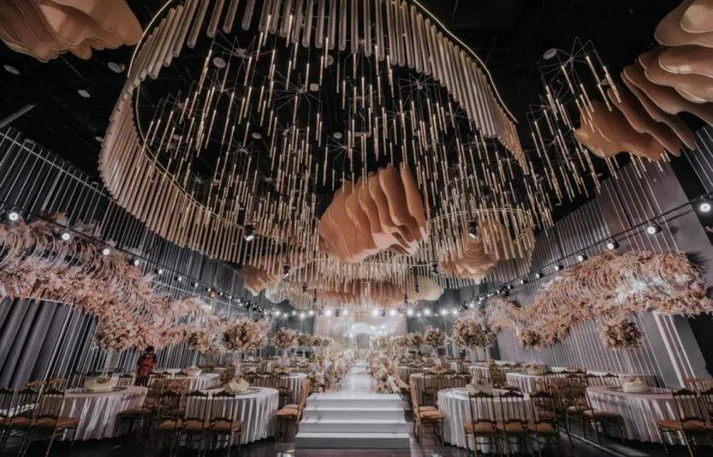 婚礼堂发布:1.2万方、6大宴会厅!泰州最美婚礼庄园  第2张