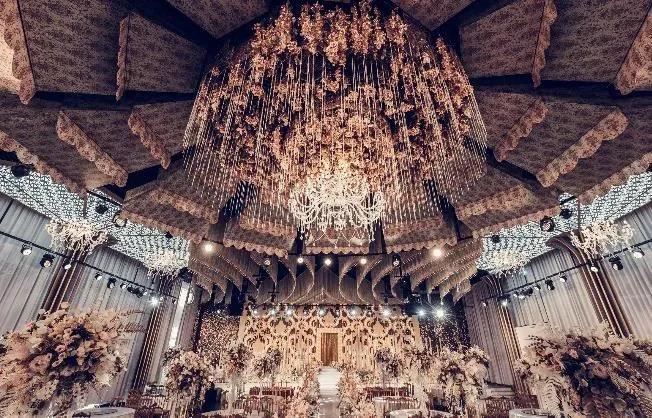 婚礼堂发布:1.2万方、6大宴会厅!泰州最美婚礼庄园  第10张