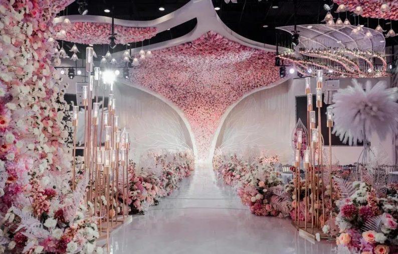 婚礼堂发布:1.2万方、6大宴会厅!泰州最美婚礼庄园  第16张