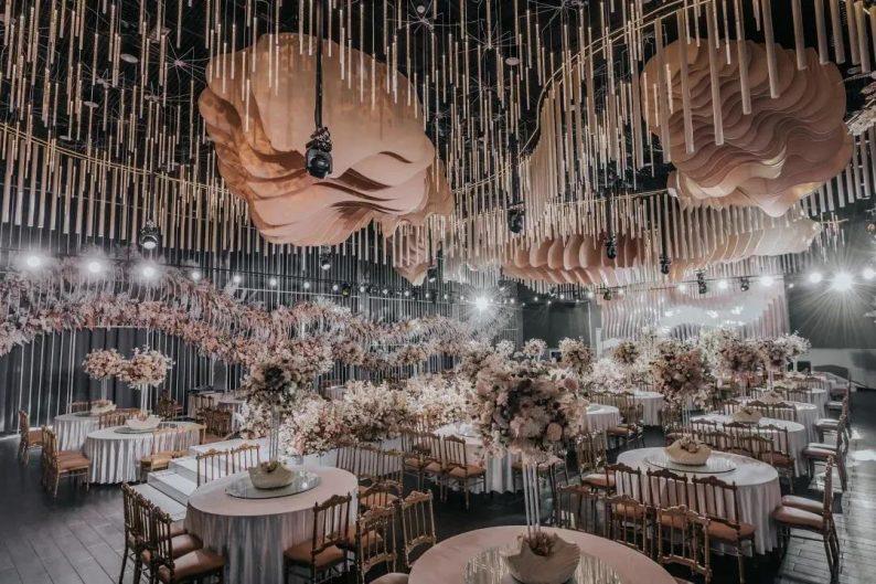 婚礼堂发布:1.2万方、6大宴会厅!泰州最美婚礼庄园  第20张