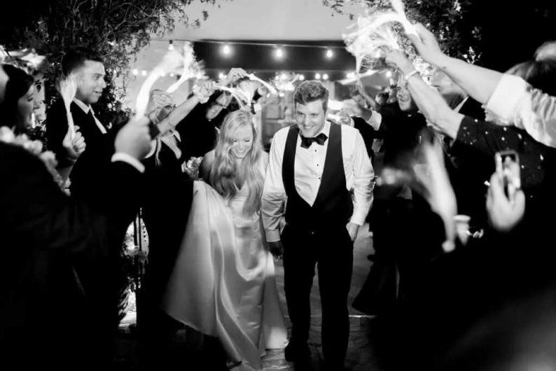 结婚行业,又一次大面积停摆!  第1张