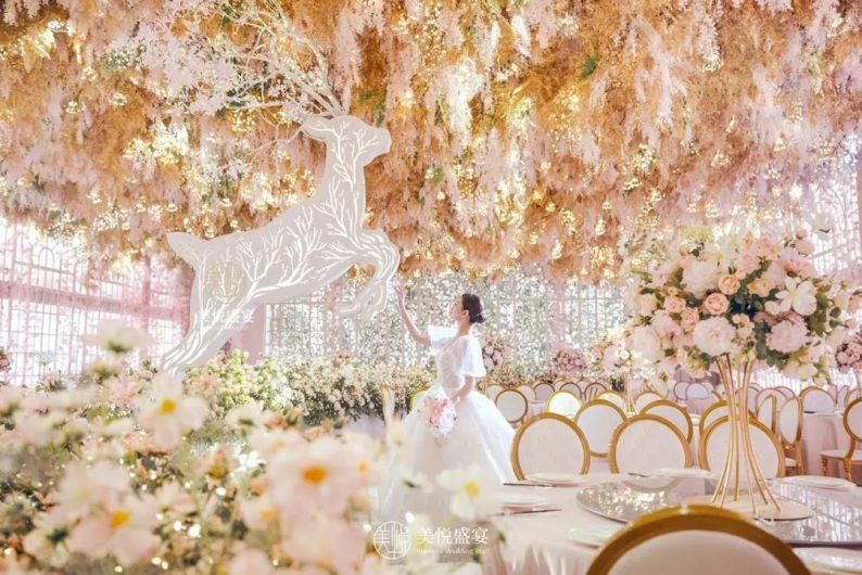 婚礼堂发布:粉色浪漫花园!广州美悦盛宴「卡萨布兰卡厅」  第2张