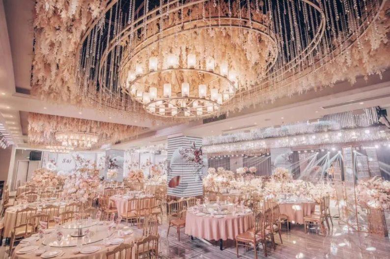 婚礼堂发布:3大主题厅!连云港幸福时光宴会酒店  第3张