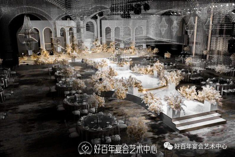 婚礼堂发布:贵州好百年,重磅打造1000平金色大厅  第2张