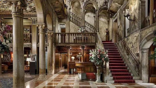 婚礼堂酒店,如何让大堂更加出彩?  第9张