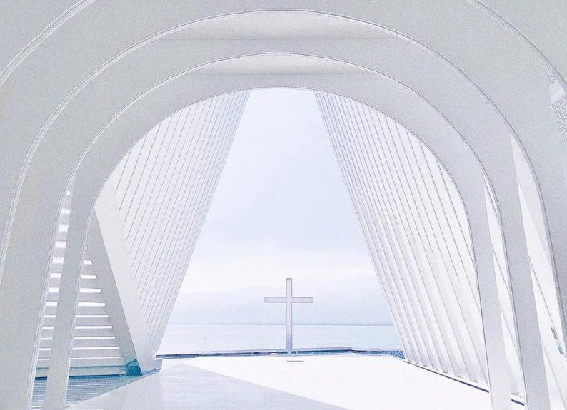 8座现代地标性婚礼教堂!中国这家在列!  第9张