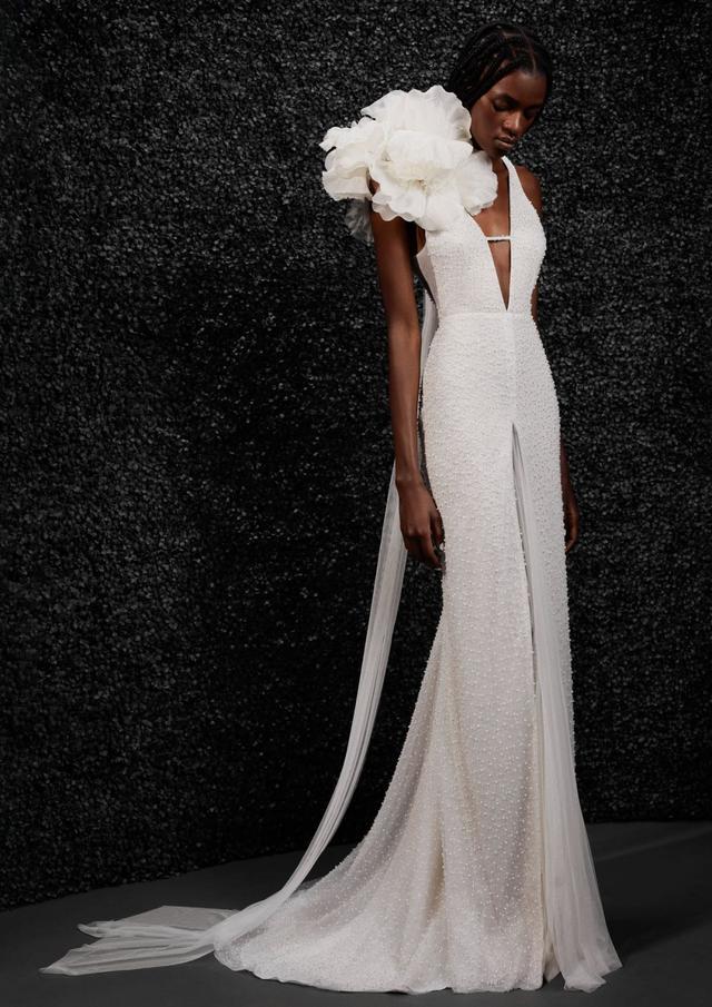VERA WANG携手宝诺雅,发布首个婚纱系列!  第1张