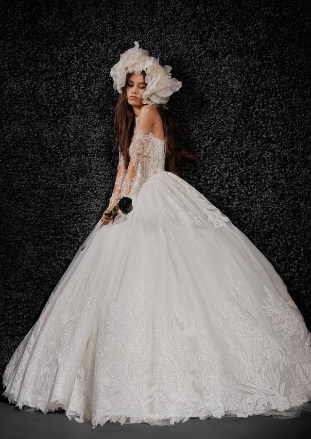 VERA WANG携手宝诺雅,发布首个婚纱系列!  第2张