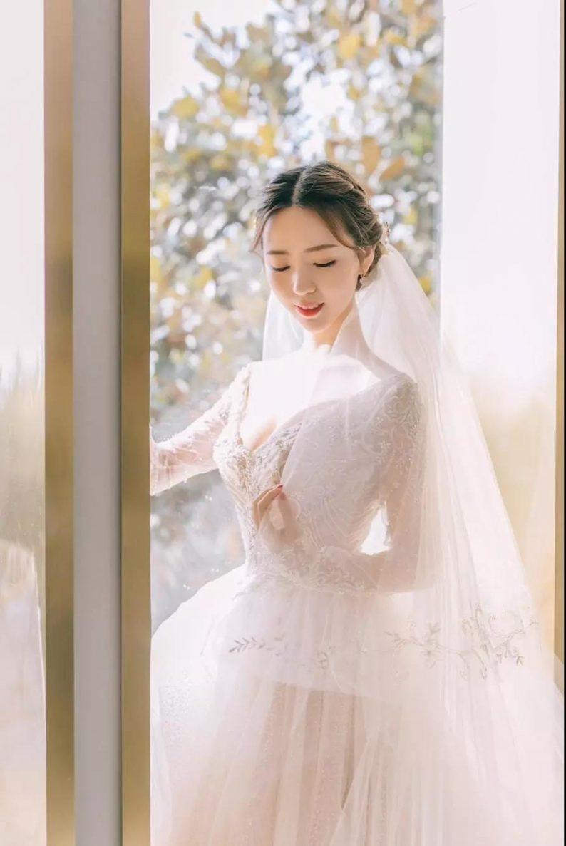 2021秋冬婚礼流行趋势:海岛婚礼热潮来袭!  第7张
