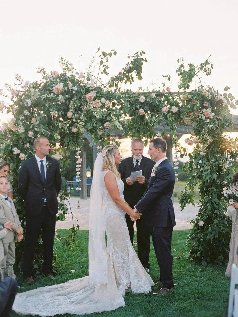 婚礼主持人要账,到底有多难?  第2张