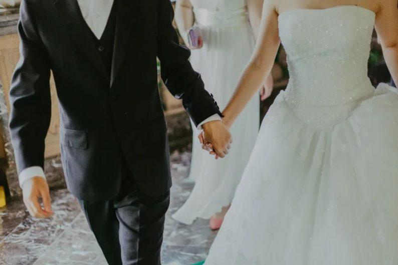 一场婚礼,为你服务的人赚多少钱?  第7张