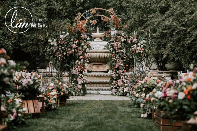 今秋最火的3种配色,让婚礼高级又好看!