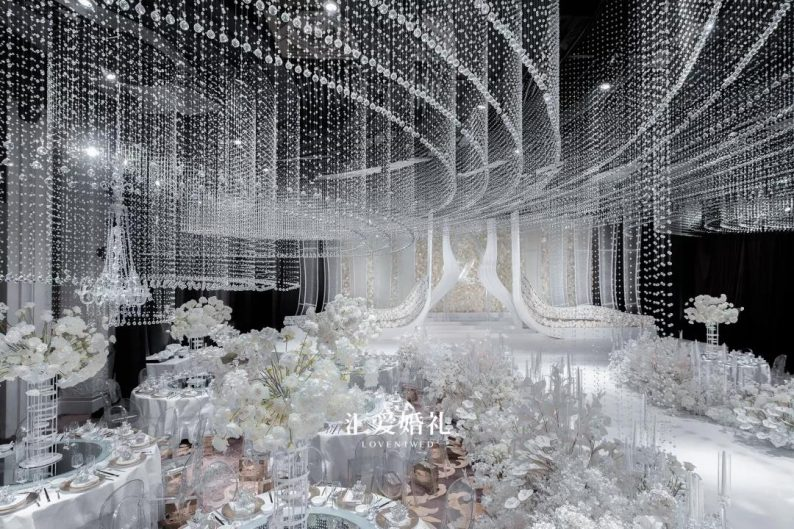 300,000颗水晶的盛宴