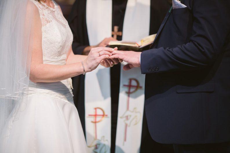 结婚意愿下降!女性恐婚者比男性更多